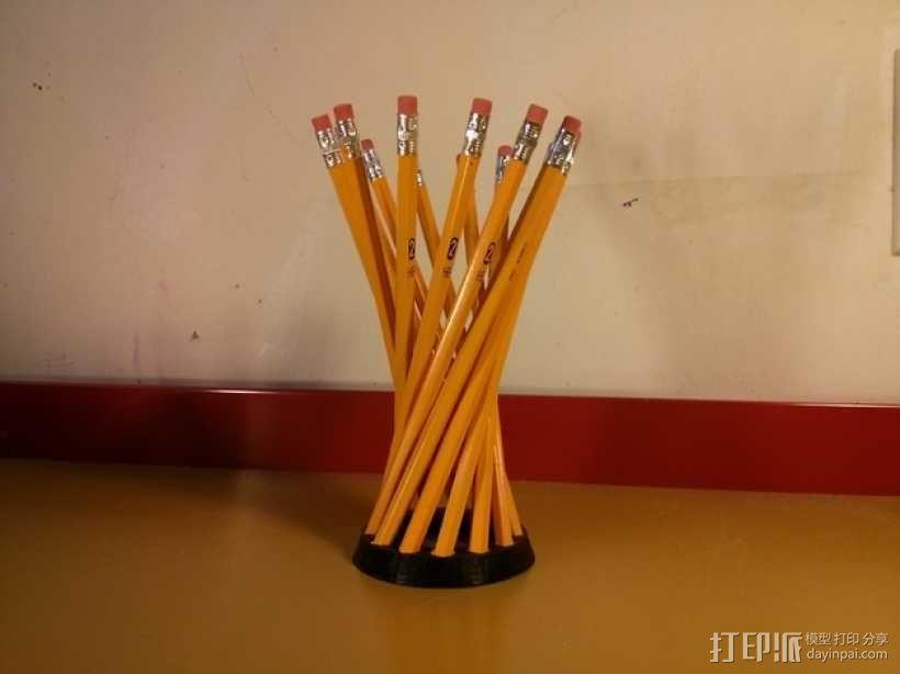 参数型双曲螺旋铅笔筒 3D模型  图1
