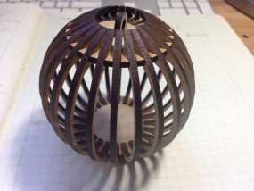 条纹镂空球挂件 3D模型
