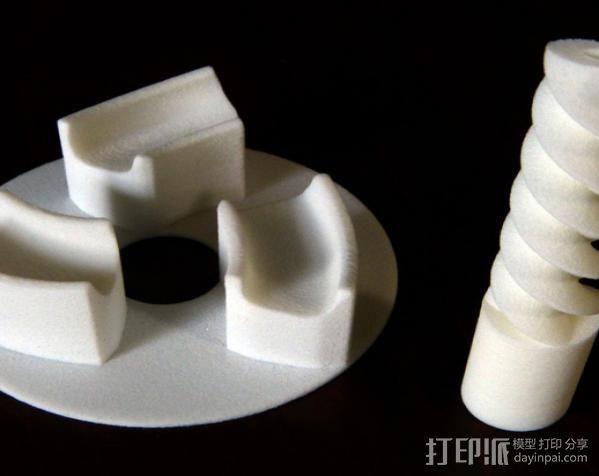 三联齿轮底盘和轮轴 3D模型  图1