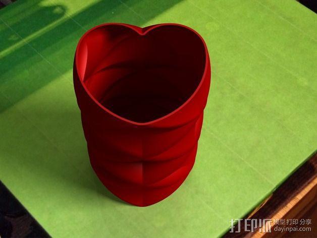 心形花瓶 3D模型  图1