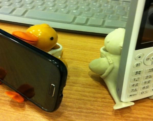 鸭子笔筒 手机座 3D模型  图2