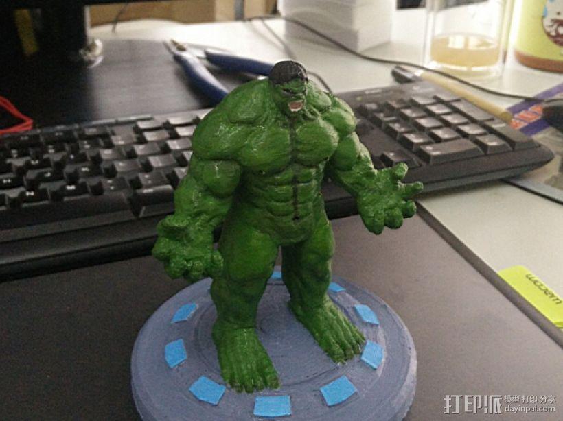 绿巨人(裤子准备用布料代替) 3D模型  图1